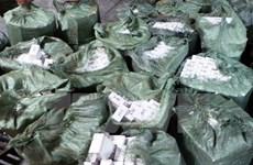 Liên tiếp bắt giữ nhiều xe ôtô chở thuốc lá lậu ở Bình Phước