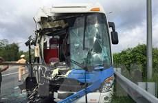 Tai nạn giao thông trên đường Hồ Chí Minh khiến 14 người bị thương