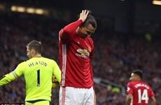 Khi Ibrahimovic bất ngờ trở thành gánh nặng của Manchester United
