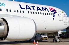 Máy bay Chile phải hạ cánh khẩn cấp do lời đe dọa đánh bom