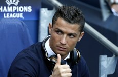 """Ronaldo vẫn là """"cỗ máy kiếm tiền"""" số 1 trong làng thể thao thế giới"""