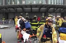 Mỹ: Lật tàu hỏa tại trung tâm New York, giao thông hỗn loạn