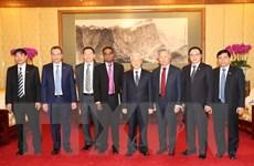 Tổng Bí thư tiếp lãnh đạo một số doanh nghiệp Trung Quốc