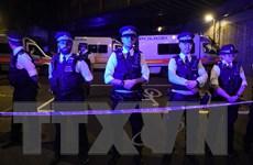 Thủ tướng Anh: Vụ đâm xe gần đền thờ có thể là tấn công khủng bố