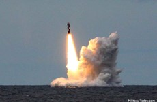 Tàu ngầm Nga phóng thử thành công tên lửa xuyên lục địa Bulava