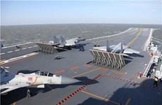 Hải quân Mỹ giám sát tàu sân bay Trung Quốc đi qua eo biển Đài Loan