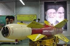 Iran lần đầu triển lãm vũ khí sau khi Liên hợp quốc dỡ bỏ trừng phạt
