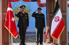 Tướng lĩnh quân đội Iran và Thổ Nhĩ Kỳ thảo luận hợp tác an ninh