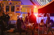 [Photo] Hiện trường hỗn loạn sau vụ xả súng đẫm máu ở Las Vegas