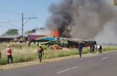 Tai nạn đường sắt tại Nam Phi khiến hơn 40 người thương vong