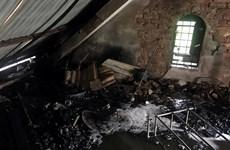 Cháy cửa hàng sửa xe máy ở Bình Dương, 5 người may mắn thoát nạn
