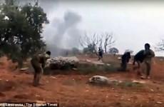 [Video] Khoảnh khắc phi công Nga dùng lựu đạn tự sát khi bị bao vây