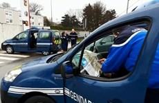 Cảnh sát Pháp bắt giữ nghi can lái xe đâm vào nhóm binh sỹ