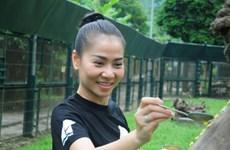 Ca sỹ Thu Minh lên tiếng bảo vệ hai loài gấu quý hiếm