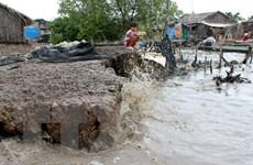Thời tiết dị thường, người dân cần đề phòng tố lốc và mưa đá