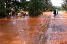 Kiểm tra khắc phục sự cố vỡ hồ chứa nước đãi titan ở Bình Thuận