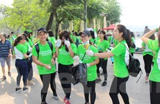 """Hơn 1.000 tình nguyện viên tham gia sự kiện """"Ngày làm sạch hồ Hà Nội"""""""
