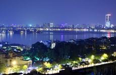 """Bài 6: """"Hồ Hà Nội vẫn còn mang thân phận của một hệ thống cống rãnh"""""""