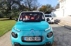[Photo] Chiêm ngưỡng xe ôtô điện chạy bằng nguồn năng lượng mặt trời