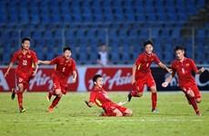 U15 Việt Nam về nước trong sự đón tiếp nồng hậu của người hâm mộ