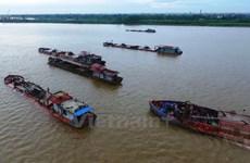 Phó Thủ tướng yêu cầu điều tra, xử lý nạn 'cát tặc' tại Hưng Yên