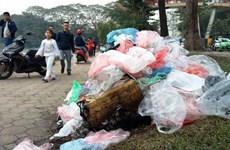Lễ ra quân chống rác thải nhựa diễn ra tại phố đi bộ hồ Hoàn Kiếm