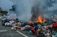 Bài 4: 'Ma trận' thầu xử lý rác thải tập trung, trách nhiệm của ai?