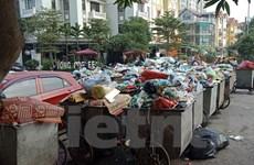 Khủng hoảng bãi rác lớn nhất Thủ đô: Xe chưa thông, nỗi lo còn đó