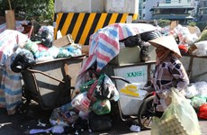 Đường phố Hà Nội thế nào khi người dân lập chốt chặn xe vào Nam Sơn?