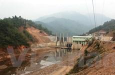 Đề nghị báo cáo việc thủy điện tích nước khiến sông Cầu cạn 'trơ đáy'