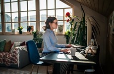 Làm việc tại nhà thời COVID: Cần linh hoạt bằng các nền tảng công nghệ