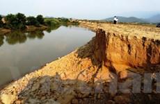 Bộ TN-MT xây dựng đề án cảnh báo sớm sạt lở đất đá, lũ ống và lũ quét