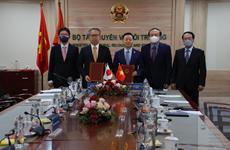 Việt Nam-Nhật Bản ký bản ghi nhớ hợp tác về tăng trưởng cácbon thấp