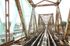 Thông cầu đường sắt sông Vệ mới, rút ngắn thời gian chạy tàu