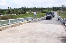 Người dân góp 27.000 tỷ đồng xây dựng giao thông nông thôn