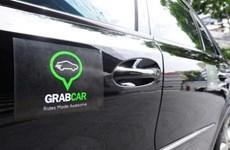 """Thí điểm GrabCar: Sẽ """"siết"""" các xe hợp đồng """"trá hình"""" xe khách"""