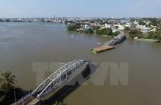 Sập cầu Ghềnh: Phó Thủ tướng tặng bằng khen 4 người cứu đoàn tàu