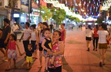 Phố đi bộ quanh khu vực hồ Hoàn Kiếm được tổ chức như thế nào?