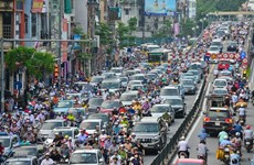 Cấm xe máy, thu phí xe đi giờ cao điểm vào nội đô để giảm ùn tắc