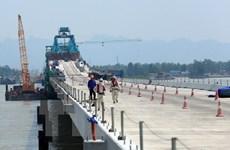 Bộ GTVT yêu cầu khắc phục sai sót cầu vượt biển dài nhất Việt Nam