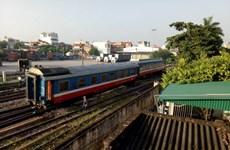 Tàu hỏa tuyến Lào Cai- Hà Nội lại bị trật bánh tại ga Yên Viên