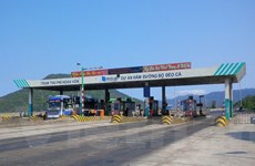 Đề nghị miễn, giảm phí cho hàng trăm xe qua trạm thu Bàn Thạch