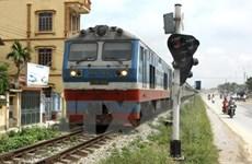 Đường sắt Bắc-Nam đã thông toàn tuyến sau 2 ngày tê liệt do mưa lũ