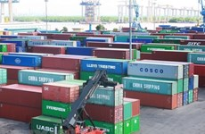 """Hàng chục nghìn container 'rác thải' vẫn 'thi gan"""" tại các cảng"""
