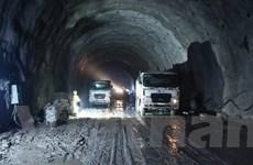 Chủ đầu tư hầm Hải Vân: Nguy cơ 'vỡ trận' do dự án bị 'chôn chân'