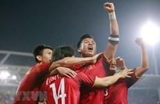 Tuyển Việt Nam về nước tối nay để đá chung kết lượt về AFF Cup