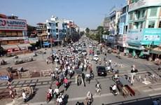 Hà Nội phân luồng giao thông thi công đường vành đai 2 trên cao