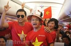 Vietnam Airlines 'cõng' hơn 300 cổ động viên xem Tứ kết Asian Cup