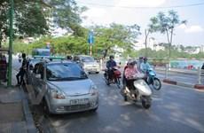 Có khoảng 3.000 xe taxi các tỉnh giáp ranh 'chạy chui' tại Hà Nội