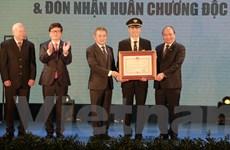Thủ tướng mong Vietnam Airlines sớm trở thành hãng hàng không 5 sao